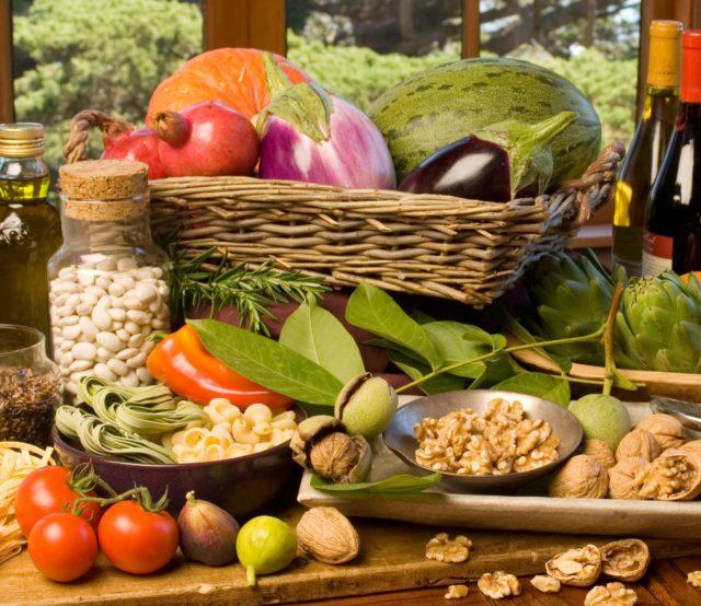 Необходимо ограничить количество потребляемой жидкости и продуктов, которые могут вызвать осложнения