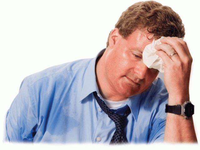 Редко прием Пермиксона сопровождается головной болью, аллергическими реакциями на кожных покровах
