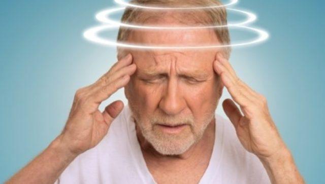 При появлении подобных симптомов лечение препаратом немедленно прекращают и обращаются к врачу