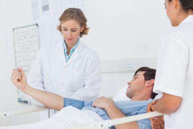 Как правило, аденомэктомия предстательной железы проводится мужчинам старше 40 лет