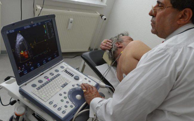 Диагностика и лечение должно начаться сразу при проявлении первых признаков