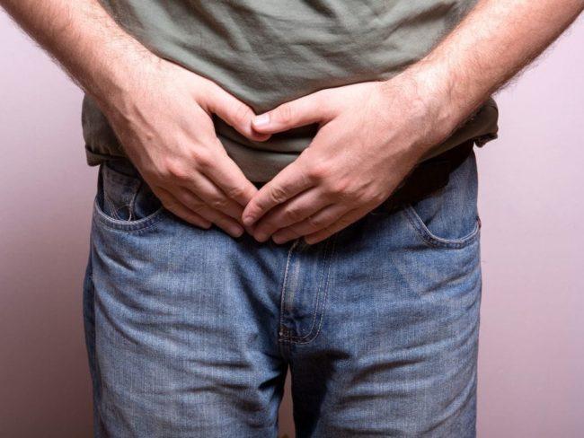 Обычно кроме физического дискомфорта мужчина также испытывает сильный психоэмоциональный стресс из-за снижения качества своей сексуальной жизни